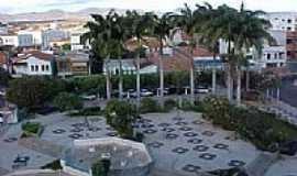 Guanambi - Praça central de Guanambi-Foto:Wilson Frota Junior