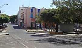 Guanambi - Praça no centro de Guanambi-Foto:Jacob Pimentel
