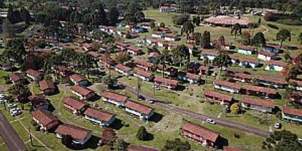 Imagens da Vila de Faxinal do Céu - PR