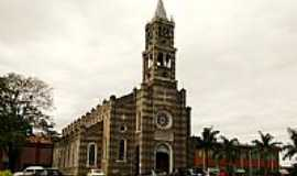 Florestópolis - Igreja Matriz de Florestópolis-PR-Foto:josé carlos farina