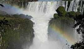 Foz do Iguaçu - Foz do Iguaçu-PR-Cores do arco-íris no Iguaçu-Foto:Chaydeé