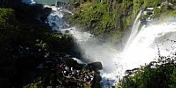 Foz do Iguaçu-PR-A beleza das Cataratas-Foto:Chaydeé