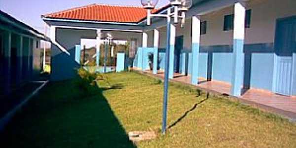 Geremia Lunardelli-PR-Pátio interno do Colégio Estadual Rui Barbosa-Foto:www.nvuruibarbosa.