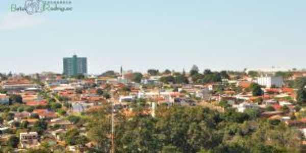 Vista do alto Vila Guaira, Por Beto Rodrigues