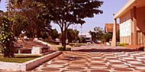 Praça da Igreja por Edson Walter Cavalari