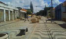 Guaraci - Guaraci-PR-Calçadão no centro da cidade-Foto:lco s