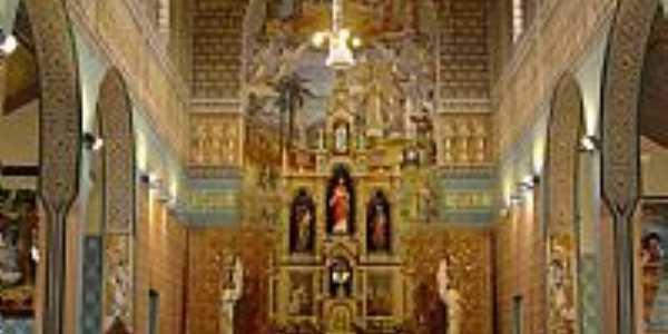 Interior da Catedral de N.Sra.de Bel�m em Guarapuava-PR-Foto:Loivinho A.M.Fran�a