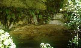 Ibaiti - Ibaiti-PR-Lago no interior da Mina Velha-Foto:Claudinei Lexers lexers