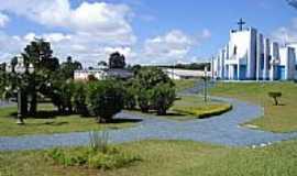 Ibema - Praça e Catedral-Foto:Evandro G.