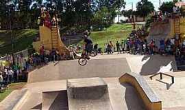 Ibiporã - Pista de Skate e Bike - Carecão