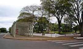 Icara�ma - Pra�a da B�blia em Icara�ma-PR-Foto:Edson P. Almeida