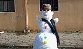 In�cio Martins - Criatividade na neve(22/07/2013)em In�cio Martins-PR-Foto:Willian Jos� de Oliveira