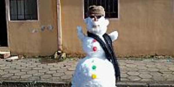 Criatividade na neve(22/07/2013)em Inácio Martins-PR-Foto:Willian José de Oliveira