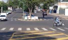 Iporã - Avenida Presidente Castelo Branco, Por Moacir Nunes
