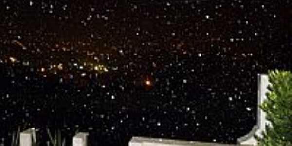 Nevasca que marcou a noite fria dia 24/07/2013 em Irati-PR-Foto:João Antonio de Almeira Jr.