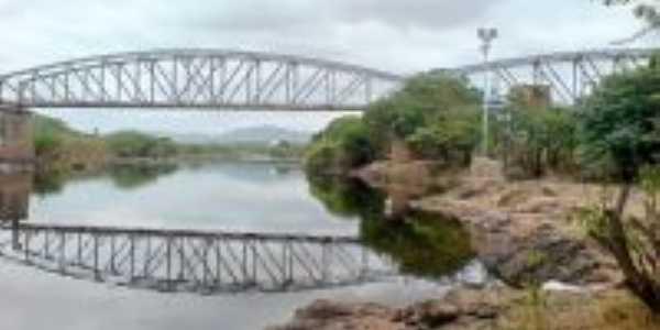 Antiga ponte ferrovi�ria, Por Martinho A. Teixeira