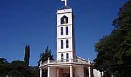 Ivaiporã - Igreja Matriz do Senhor Bom Jesus foto por Vicente A. Queiroz