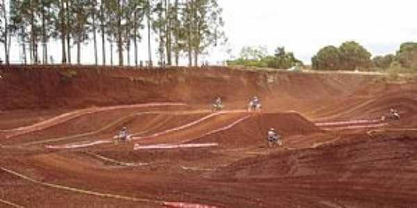 Ivatuba-PR-Pista de Motocross-Foto:Marcelo Martin