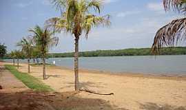 Jacutinga - Jacutinga-PR-Orla do lago no Camping Municipal-Foto:macamp.com.br