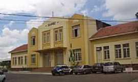 Jaguariaíva - Estação ferroviária recentemente restaurada foto Dalren
