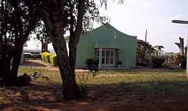 Janiópolis - Janiópolis-PR-Igreja na estrada para Janiópolis-Foto:Old Bear