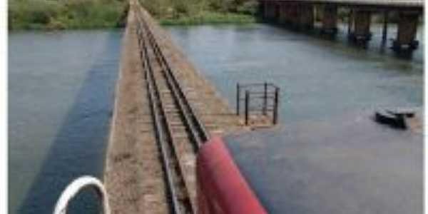Ponte férrea sobre o rio Tibagi, Por Acir Mandello