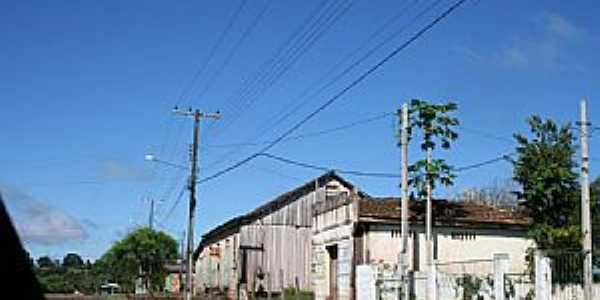 Lajeado Bonito-PR-Rua do Distrito-Foto:pedlowma