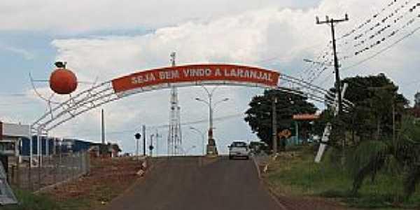 Laranjal-PR-Pórtico de entrada da cidade-Foto:www.crianca.mppr.mp.br