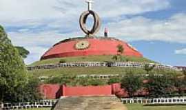 Laranjeiras do Sul - Morro do Cristo na Praça Gov.Garcez em Laranjeiras do Sul-PR-Foto:Ricardo Mercadante