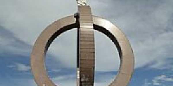 Cristo Redentor na Praça Gov.Garcez em Laranjeiras do Sul-PR-Foto:Ricardo Mercadante