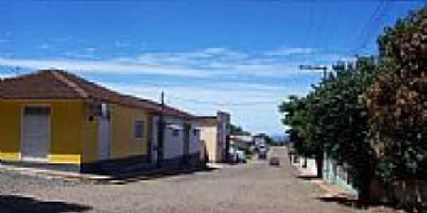 Rua Paraná em Lavrinha-Foto:valdir merege