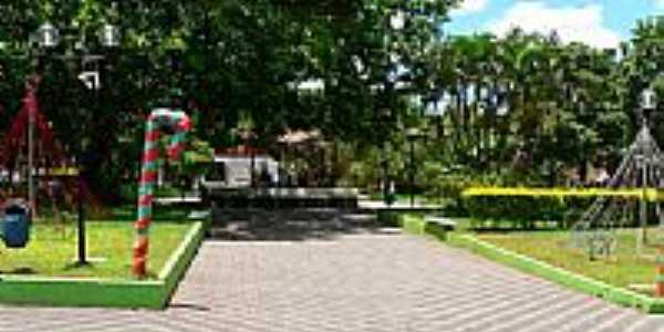Praça de Lobato-Foto:Marcos Dutra