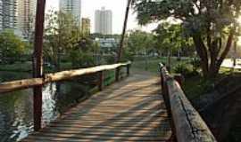 Londrina - Londrina-PR-Passarela do Lago Igapó-Foto:Sofia Prado