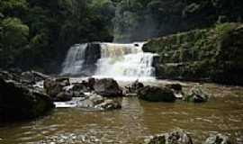 Mallet - Cachoeira em Trombudas .skyscrapercity
