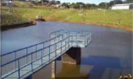 Mandaguaçu - parque lagoa dourada, Por luiz volpato