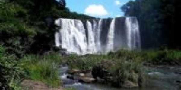 Cachoeira do rio Marrecas, Por Fernando Teles