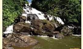 Ibiraj� - Cachoeira dos Catabrigas em Ibiraj�-BA-Foto:Marcos A. Barbosa