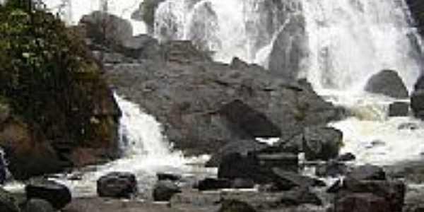 Cachoeira dos Catabrigas em Ibirajá-BA-Foto:Anderson Vitório Cos…