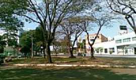 Medianeira - Praça em Medianeira Foto foto: Joel Donin