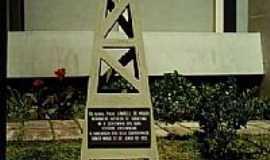 Medianeira - Monumento