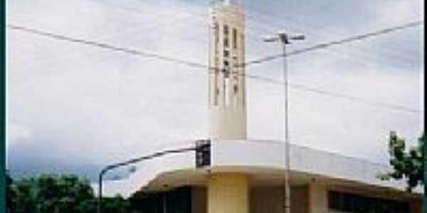 Igreja em Medianeira Foto por brezzinka