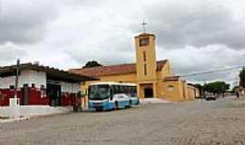 Ibirapuã - Igreja Matriz em Ibirapuã-BA-Foto:hjobrasil