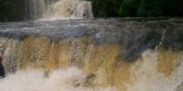 Cachoeira , Por Nilton Moreira dos Passos