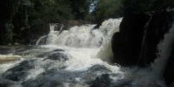 cachoeira , Por jorge pereira
