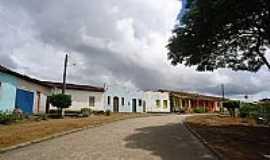 Ibitiguira - Casario e Ruas Pavimentadas no Distrito de Ibitiguira-BA-Foto:nadoautodidata.