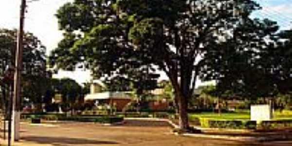 Praça da Rodoviária-Foto:Odaire Reis