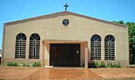 Ouro Verde do Piquiri - Igreja de São Bom Jesus em Ouro Verde do Piquiri-Foto:suzana heringer