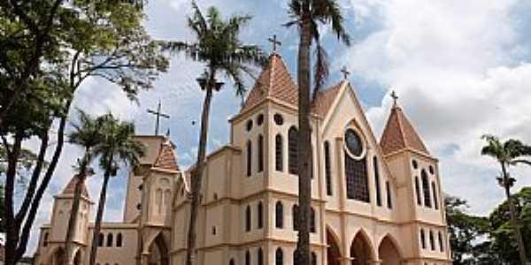 Igreja Matriz de Paiçandu - PR Foto Paiçanduagora