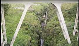 Palmeira - Ponte sobre o Rio Tibagi em Palmeira-PR-Foto:Elzio dos Reis Marso…