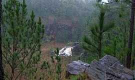 Palmital - Palmital-PR-Cachoeira na Pedreira-Foto:Loivinho França